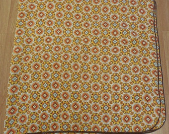 Vintage Retro 1960's 70's Bedspread Throw Glamping Tent Picnic Blanket Floral