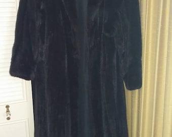 Women's Full Length Blackglama Black Mink Coat