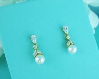 Gold cz earrings, pearl bridal earrings, cubic zirconia earrings, wedding jewelry, wedding earrings, bridal earrings, bridesmaid 250980890