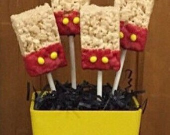 Mickey Mouse inspired Rice krispie treat pops