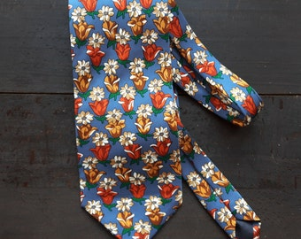 Vintage silk tie with flowers tulips