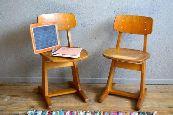 Chaises enfant casala design vintage r tro ann es 70 mobilier for Mobilier enfant