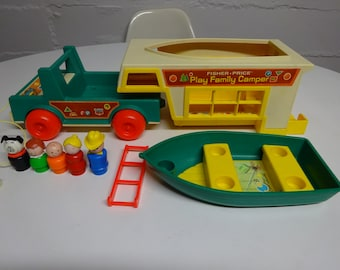 Vintage 1972 Fisher Price Play Family Camper #994 - FREE SHIPPING