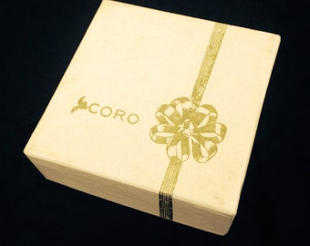 Pink Coro Box With Two Pair Clip Earrings