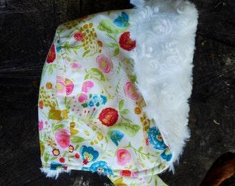 Winter Baby Bonnet, reversible bonnet, fur bonnet, modern bonnet, winter sun bonnet, toddler hat, shower gift, winter baby hat, City Bonnet