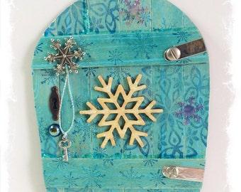 NEW Handcrafted Winter Fairy Door / Gnome / Pixie Door