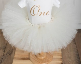 CAKE SMASH OUTFIT, Ivory and Gold Tutu set, First Birthday Onesiet, Ivory and Gold Birthday Outfit, 3 piece set,Ivory Tutu Set