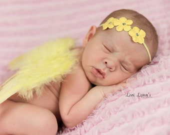 YELLOW NEWBORN WINGS, Yellow Feather Angel Wings,Newborn Angel Wings,Newborn Photo Shoot,Baby Shower Gift,Photography Prop,Angel Wings