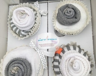 Diaper Cupcake set of 4-gray and white