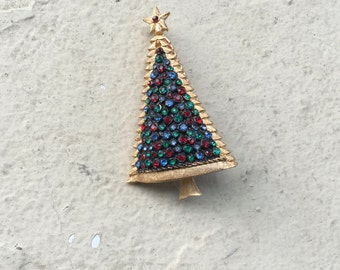 Vintage Gold Rhinestone Jeweled Black Christmas Tree Brooch Pin