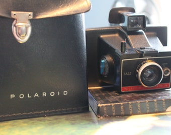 Polaroid Colorpack IV Land Camera with Case