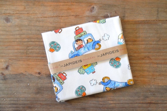 Fabric fat quarter 50 x 55 cm of Kokka with drawing of cars