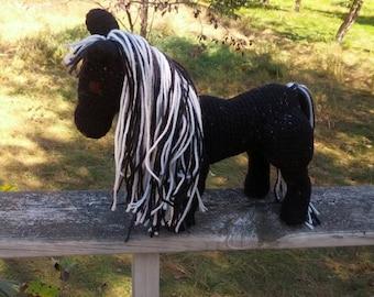 Amigurumi horse Shadow