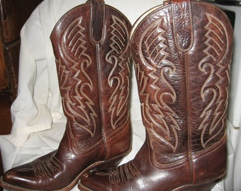 Dark brown needle point riding boots