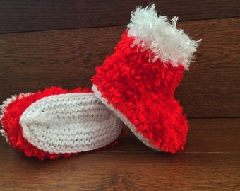 Hand Knitted Baby Booties Boots Slippers Soft Faux Fur Chritmas Red 0-12 Months UK Seller Boy / Girl