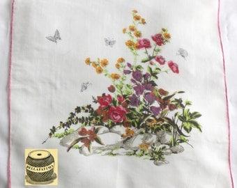 Vintage white linen handkerchief by Colette.  Floral design hankie, sweet hankie, pretty hankie