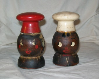 Vintage Black Americana Salt and Pepper Shakers
