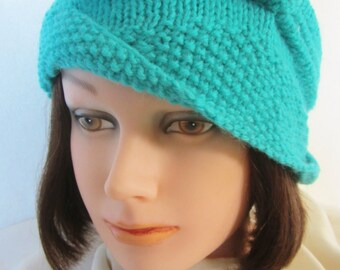 Cloche Divine - aqua color, hand knit in sport weight wool. Classic hat design comes from the 20's & 30's Flapper style. Period accessory!