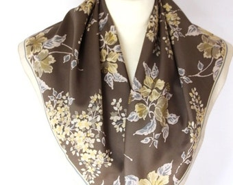 Square Woman  Pure Floral Retro Vintage Scarf Women Beach Cover Scarf