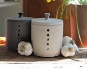 Pot à ail fait en céramique, pot à ail minimaliste, accessoires de cuisine en céramique