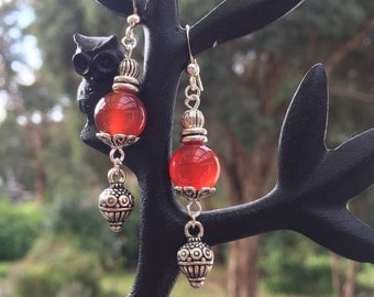 Red/brown dangle earrings