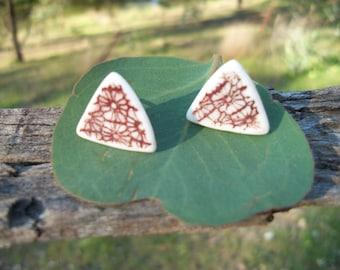 Porcelain earrings ~ embossed design red