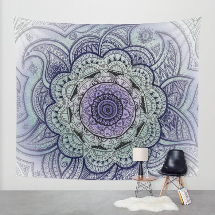 Tapisserie murale mandala mandala dessin mandala violet for Mural mandala
