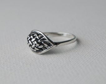 Vintage Sterling Silver Ring - Chunky Silver Ring - Vintage Silver Ring - Vintage Ring - Chunky Ring - size K or  5 1/2