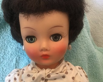 """Vintage 1960's Reading Candy face doll 20"""", harder to find brunette, bright face, bonus 4 outfits, very good condition!"""