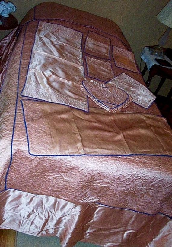 1940s pink and blue satin bedspread and dresser scarves set pillow cover bedding linens