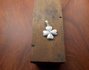 Fine silver 4 leaf clover