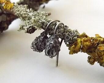 Small Lichen Black Drop Earrings