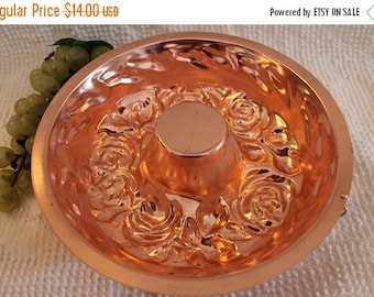 Fall CLEARANCE Sale 1963 AHC 5 cup Rose Pattern Copper Jello Mold - Made in Hong Kong