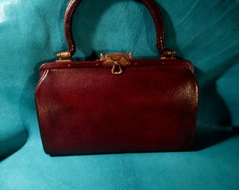 Vintage Leather Top Handle Bag with change purse from the 40's