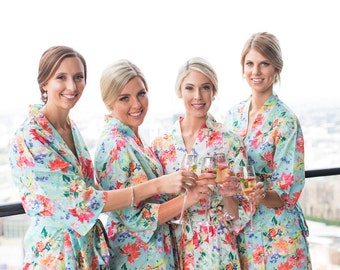 Bridesmaid Robes // Bridal Robe // Bride Robe // Bridal Party Robes // Bridesmaid Gift // Robe // Floral Robes