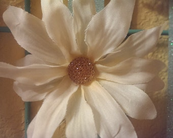 Beige Flower Hair Clip