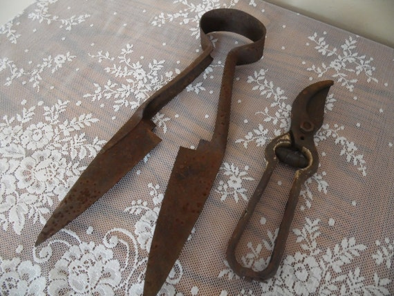 Antique gardening tools primitive decor hand tools sheep for Gardening tools vintage