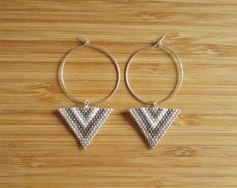 Loop hoop earrings 30mm in Silver 925 and triangles silver Miyuki beads