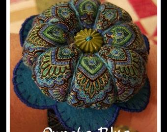 Flower Wrist Pin Cushion - Ornate Blue