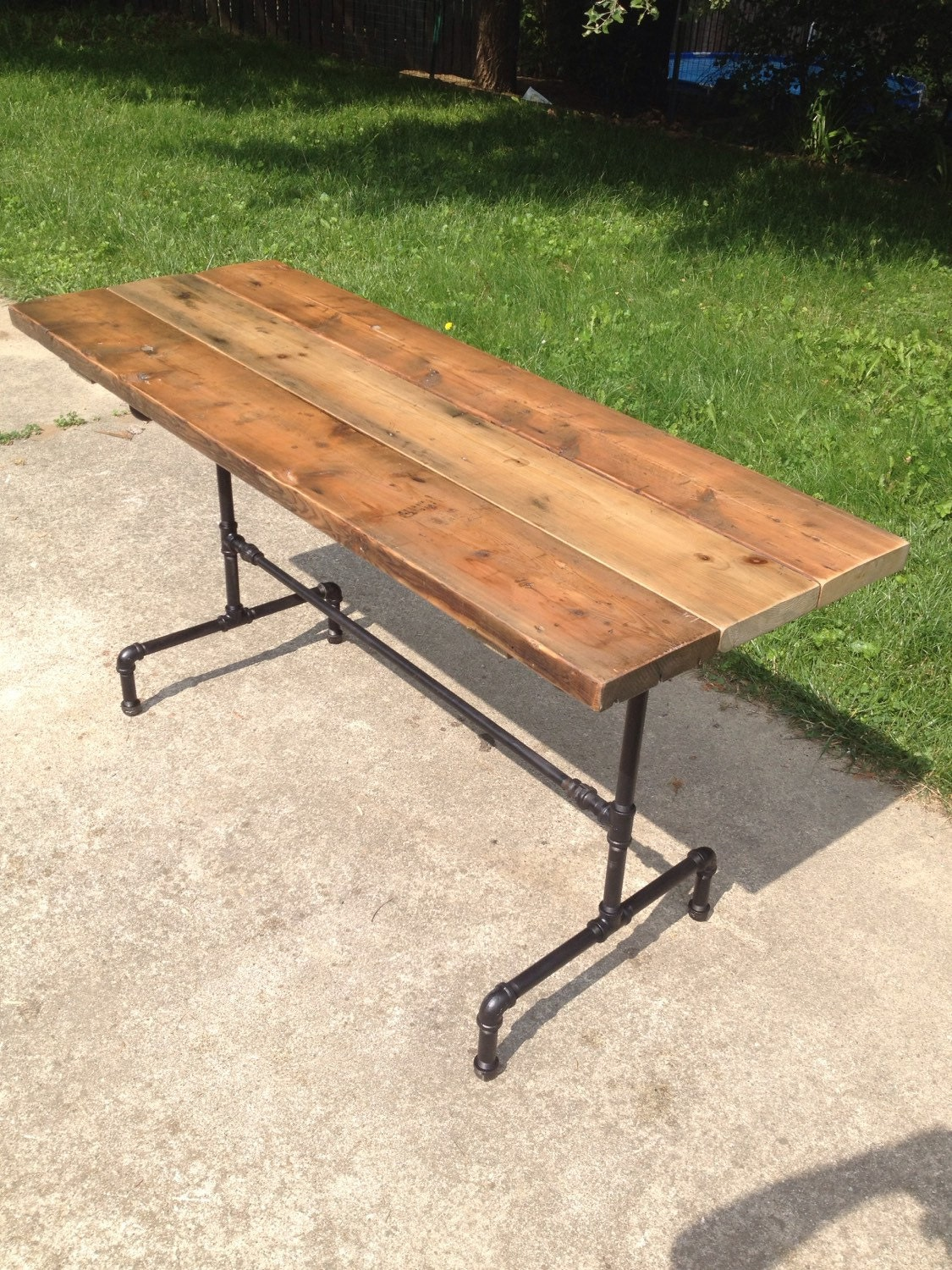 how to build a farmhouse table from reclaimed wood
