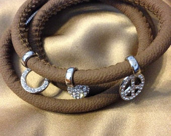 Rope leather with 3 charms bracelet