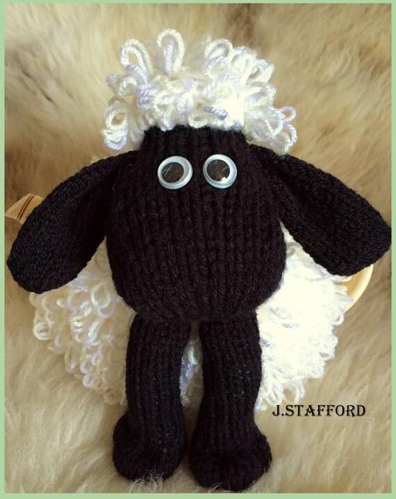 Sheep Tea Cosy pdf knitting pattern from Poshtotspatterns on Etsy Studio