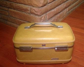 Vintage Yellow American Tourister Train Case