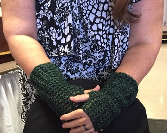 Hunter Green Fingerless Gloves