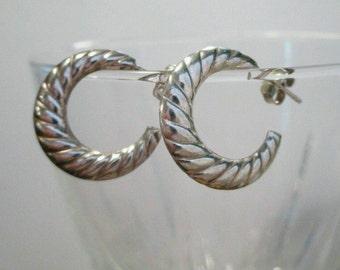 Sterling Silver SHRIMP Twisted post Puffy puffed hoop J-Hoop 1.7g #Earrings#huggies
