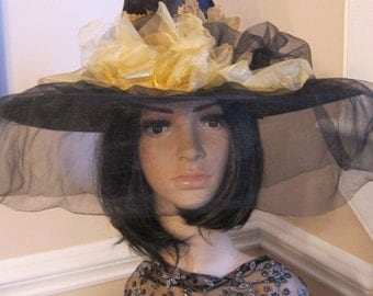 Black and Yellow Witch Hat Halloween (8)