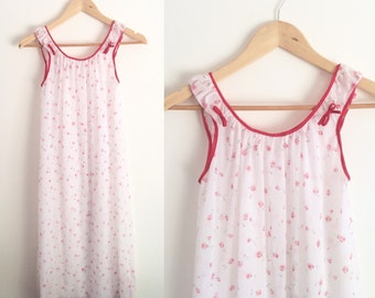Vintage Rose Nightgown Size Medium   Vintage Red and White Nightie with Roses and Bows