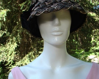 1960s Beautiful Tweed Straw Bucket Hat