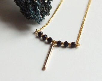 """Necklace """"AZIZA"""" / Golden necklace / Black glass beads / Tan Tao Jewels"""