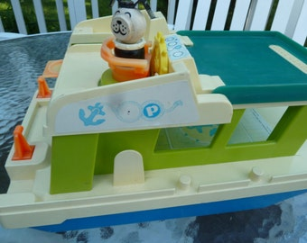 Fisher Price House boat and Lucky dog